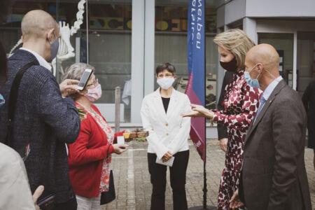Koningin Mathilde bezoekt Centrum voor de Evaluatie van Vaccinaties (63).JPG