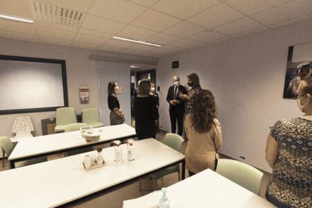 Koningin Mathilde bezoekt Centrum voor de Evaluatie van Vaccinaties (43).JPG