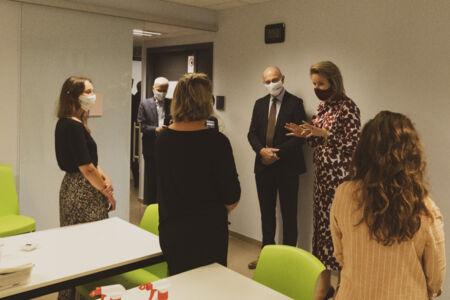Koningin Mathilde bezoekt Centrum voor de Evaluatie van Vaccinaties (39).JPG