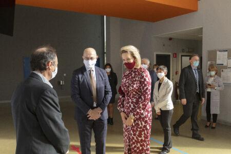 Koningin Mathilde bezoekt Centrum voor de Evaluatie van Vaccinaties (51).JPG