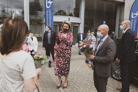 Koningin Mathilde bezoekt Centrum voor de Evaluatie van Vaccinaties (65).JPG