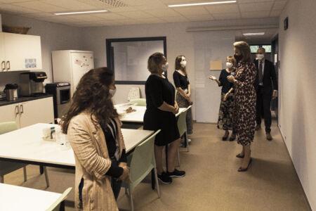 Koningin Mathilde bezoekt Centrum voor de Evaluatie van Vaccinaties (36).JPG