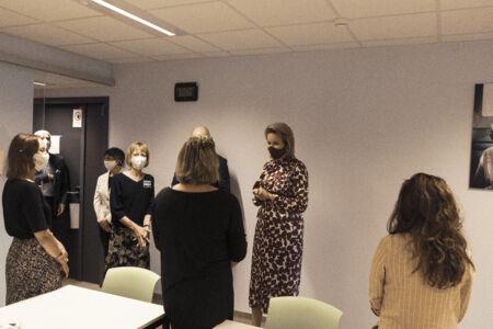 Koningin Mathilde bezoekt Centrum voor de Evaluatie van Vaccinaties (38).JPG
