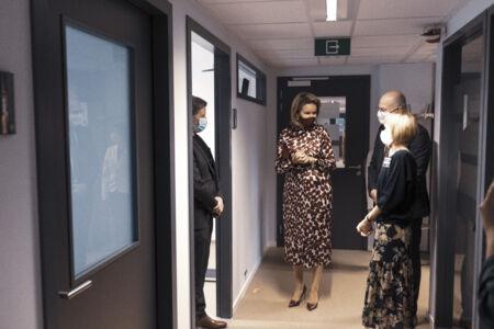 Koningin Mathilde bezoekt Centrum voor de Evaluatie van Vaccinaties (23).JPG