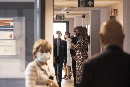 Koningin Mathilde bezoekt Centrum voor de Evaluatie van Vaccinaties (46).JPG