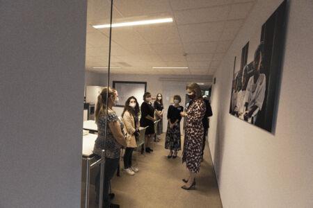 Koningin Mathilde bezoekt Centrum voor de Evaluatie van Vaccinaties (45).JPG