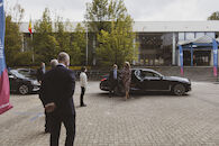 Koningin Mathilde bezoekt Centrum voor de Evaluatie van Vaccinaties (2).JPG